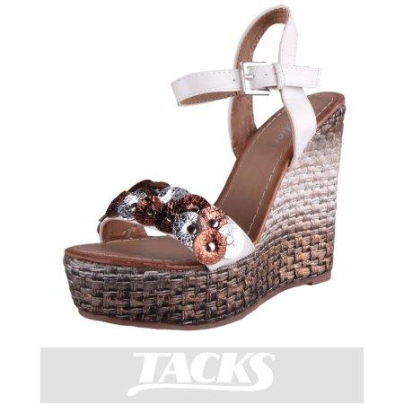Tacks Negozi di calzature per donna, uomo e bambini
